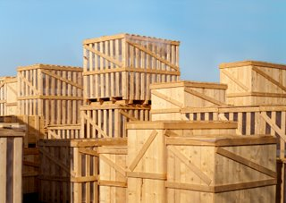 The Crate Debate—Advantages of Using Wooden Crates