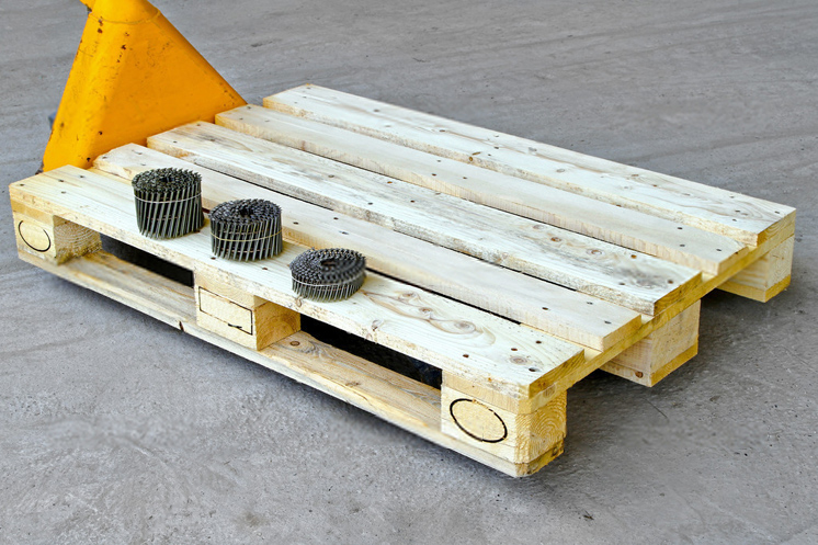 How To Choose Fasteners for your Pallets Production