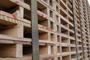 Superior wood pallets and packaging solutions for New England and Southern Quebec